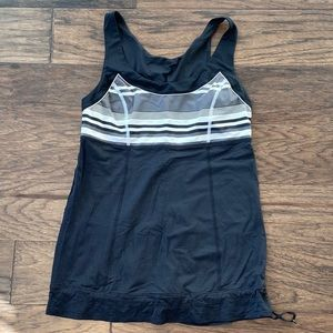 Size 8 Lululemon Black Run: Ta Ta Topper Tank